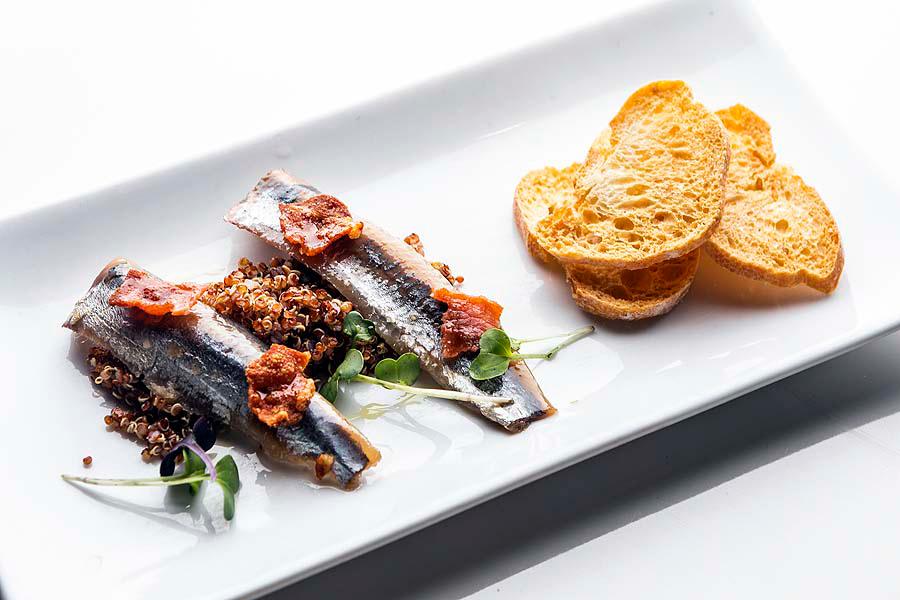 sardina-ahumada-con-quinoa